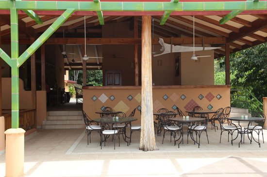 Villas Alturas: Restaurant area