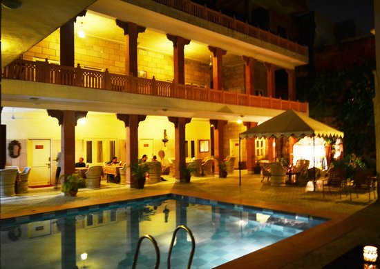 Suryaa Villa