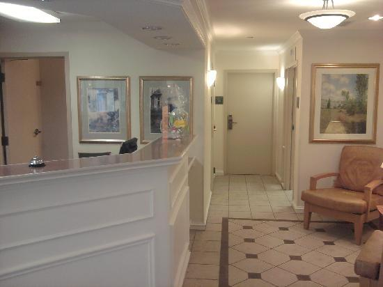 Extended Stay America - Detroit - Auburn Hills - University Drive: Reception