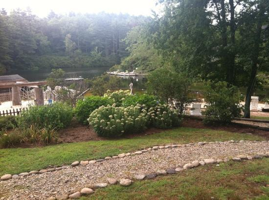 High Hampton Inn & Country Club: playground by swimming area