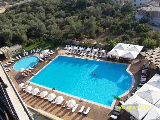 Photo of Rapo's Resort Hotel Himare