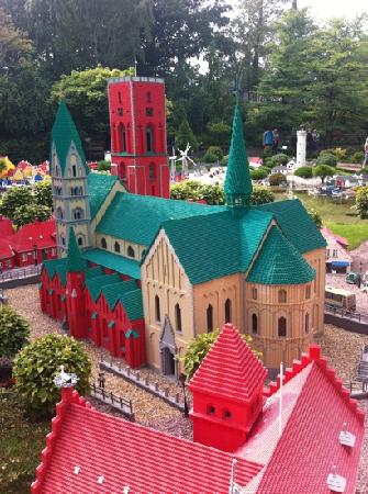 Billund, Dinamarca: Ribe domkirke i LEGO