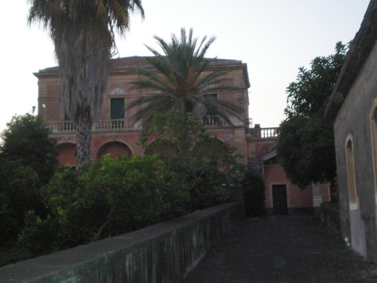 Villa dei Leoni