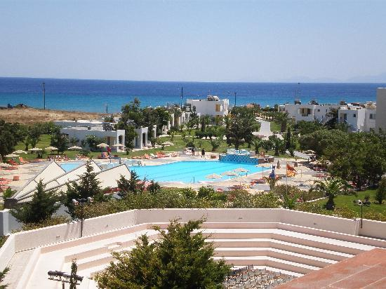 Sovereign Beach Hotel: L&#39;Eden village