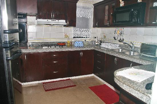 Casa Cuba Hostal S.A.: Equipped kitchen