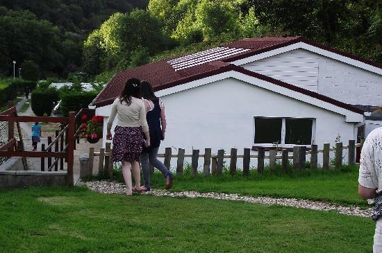Hele Valley Holiday Park: Shower/toilet block