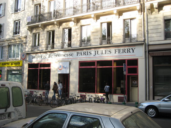auberge jules ferry paris france hostel reviews. Black Bedroom Furniture Sets. Home Design Ideas