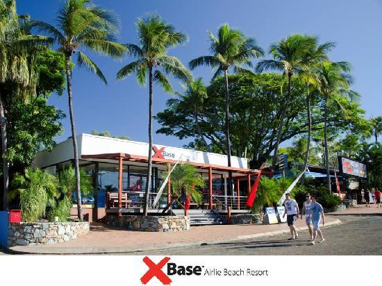 Base Airlie Beach Resort: Front of the Resort