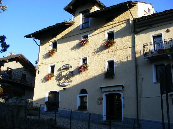 Hotel Ristorante Cecchin : Hotel dall&#39;esterno 