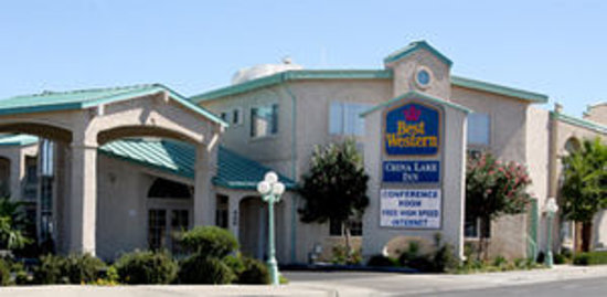 ‪BEST WESTERN PLUS China Lake Inn‬