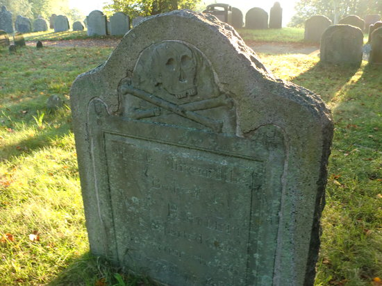 burial hill  plymouth  ma   hours  address  tickets