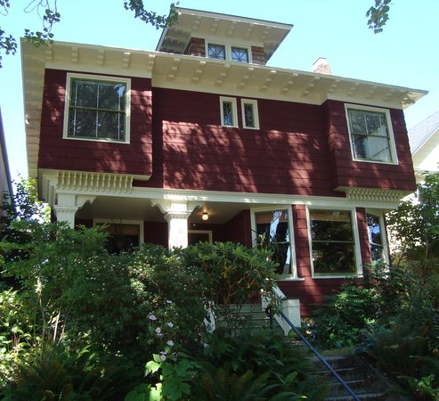 Photo of Foxglove Guesthouse Seattle