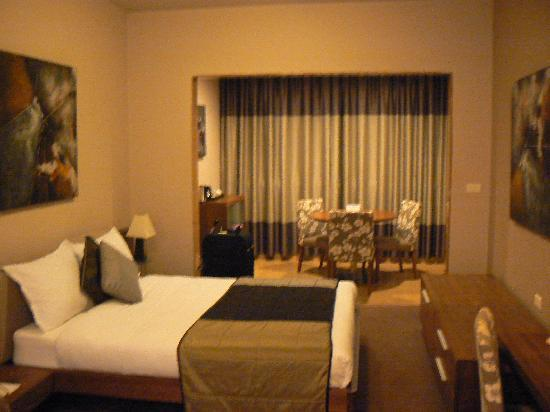 City Suite Hotel: Hotel Room