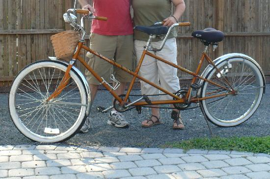 Tandem Bike Inn: tandem bike
