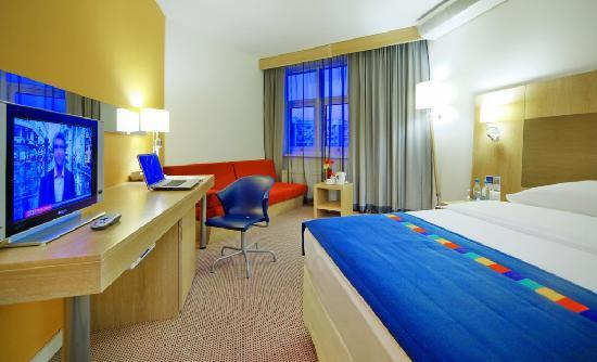 Park Inn Ekaterinburg: Business Friendly Room