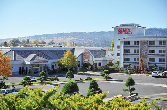 Shilo Suites Hotel Klamath Falls: Shilo Inns Klamath Falls