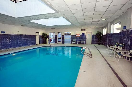 Shilo Suites Hotel Klamath Falls: Shilo Inns Klamath Falls Pool