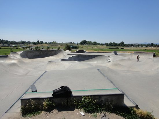 Photos of Klamath Falls Skatepark, Klamath Falls