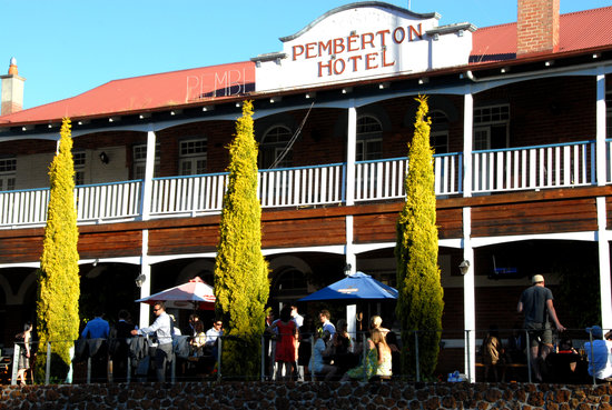 Photo of BEST WESTERN Pemberton Hotel