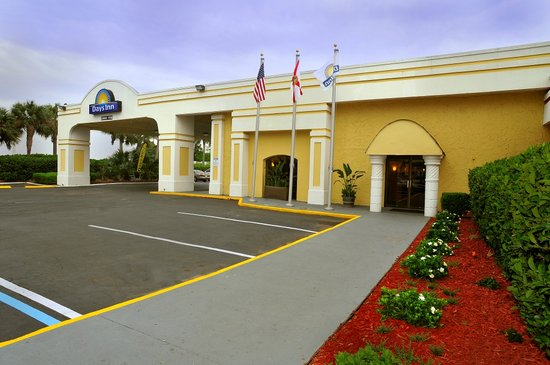 Days Inn Neptune Beach: Exterior