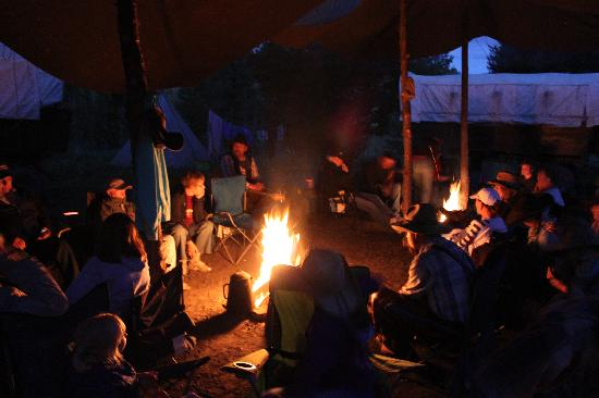 Wagon train amp horse adventure stories and songs around the camp fire