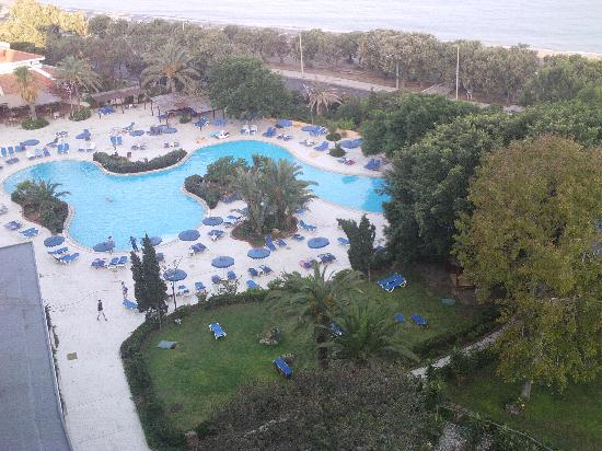 Capsis Hotel Rhodes: view of pool from hotel