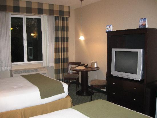 Holiday Inn Express Hotel &amp; Suites Medford-Central Point: Room