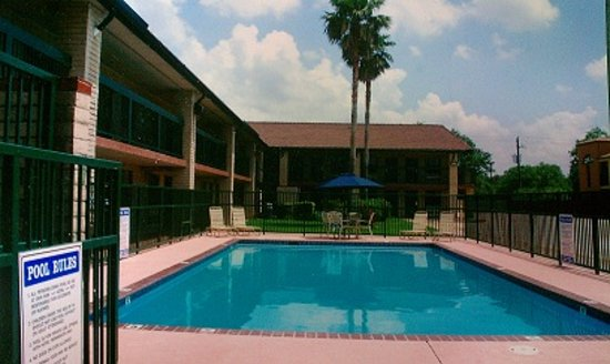 Photo of Budgetel Inn Houston