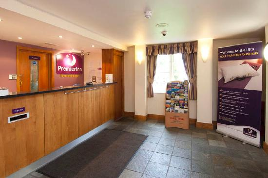 Premier Inn Manchester - Handforth: Reception