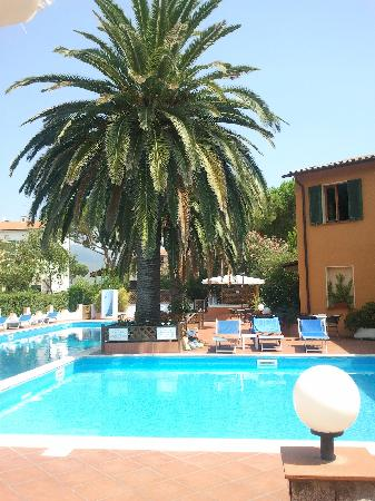 Hotel Tre Colonne: piscina