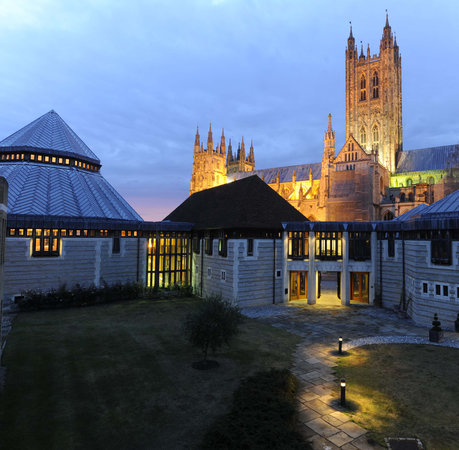 Canterbury Cathedral Lodge: View from a bedroom window!
