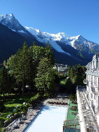 Club Med Chamonix Mont-Blanc: Vue de la chambre, sur le Mont-Blanc et la Piscine