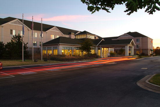 Hilton Garden Inn Tulsa Airport at Sunset