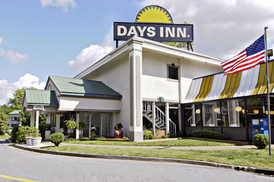 Photo of Days Inn Atlanta Northwest