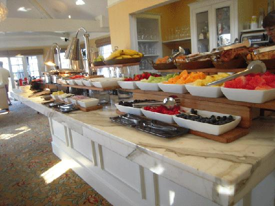 Beach Village at The Del: A delicious breakfast is served daily.