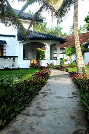 Photo of Cover Point Villa Hikkaduwa
