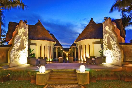 ‪‪Villa Seminyak Estate & Spa‬: Lagoon & Open Stage‬