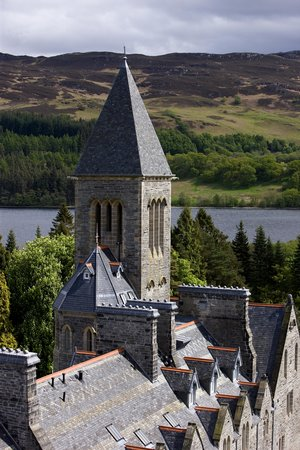 Aonach Mor at the Highland Club: The beautiful Abbey