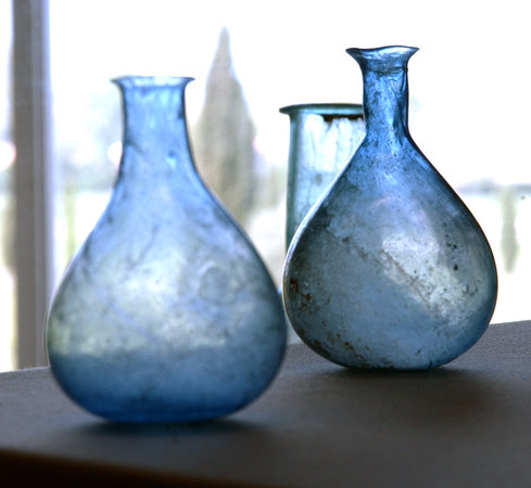 Site archeologique Lattara - Musee Henri Prades: La collection de verre romain (c) Montpellier Agglomération