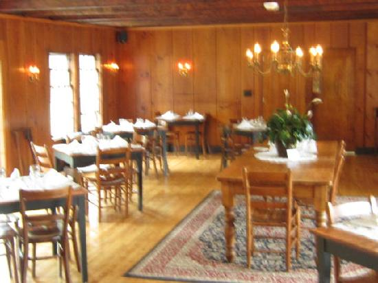 Franconia, NH: Dining Room
