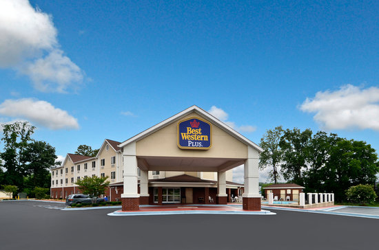 Photo of BEST WESTERN PLUS Rocket City Inn & Suites Huntsville
