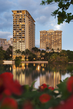 Hilton Grand Vacations Suites at Hilton Hawaiian Village: Lagoon and Kalia Towers