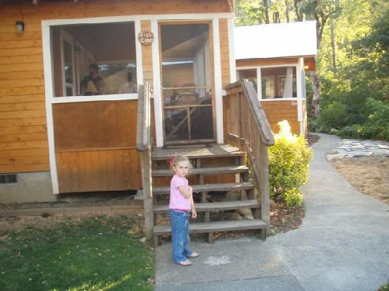 Coho Cottages: Granddaughter likes 'her' cabin
