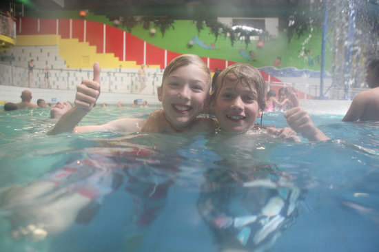 Stoke-on-Trent, UK: Thumbs up for Waterworld, visit us again and again
