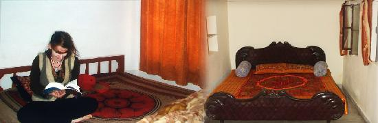 Hotel Poonam: Room