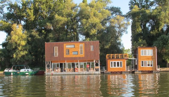 Photo of Arkabarka Floating Hostel Belgrade