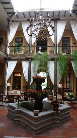 Mansion Alcazar Boutique Hotel: Der Innenhof
