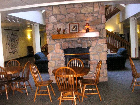 Shipshewana, IN: Lobby with fireplace