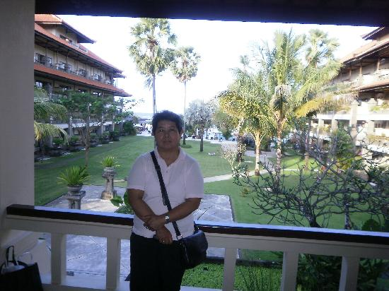 Peninsula Beach Resort Tanjung Benoa: Me in the very beautiful reception hall.