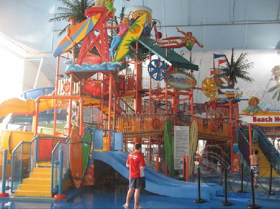 Closer View Picture Of Fallsview Indoor Waterpark